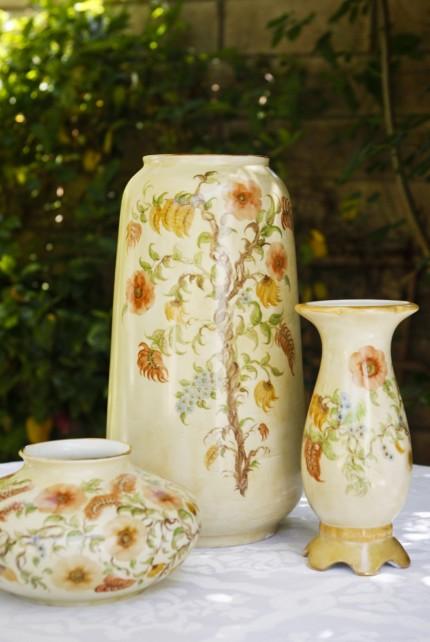 55_Product_CreamWildFlower_Vase_Alternate